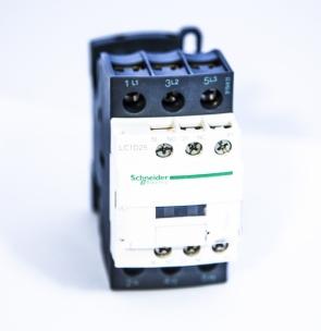 Контактор LC1D25M7